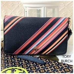 Tory Burch Kerrington Smartphone Wristlet Wallet